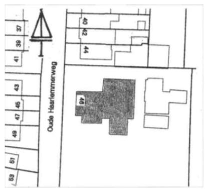 De ligging aan de Oude Haarlemmerweg.