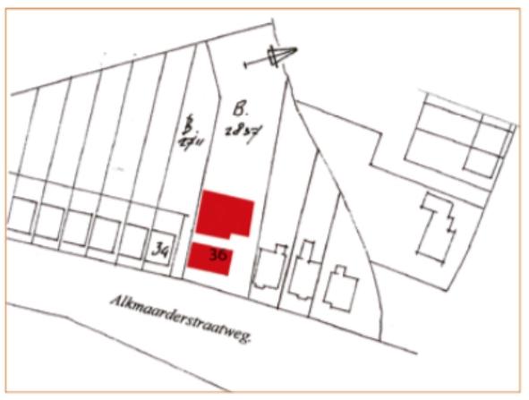De ligging van de oorspronkelijke panden van Klaas Veldt, de boerderij met ervoor aan de straatweg een woning.