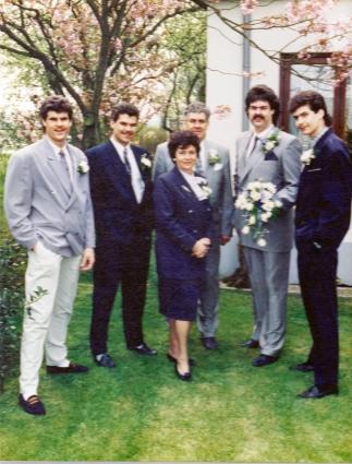 Bij de trouwdag van zoon Nico Schoenmaker in 1989.
