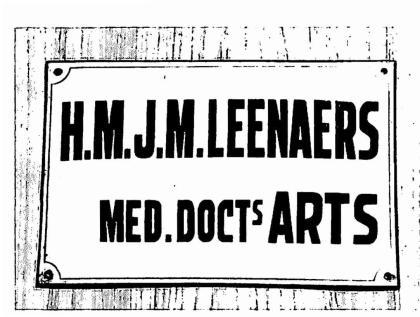 Naambordje van dokter Leenaers