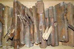Gedeelte van de gereedschappen: profielschaven, sponningschaven, ploegschaven enzovoort