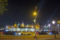 De gelegaliseerde Taxistandplaats op de Prins Hendrikkade (zonder stewards).