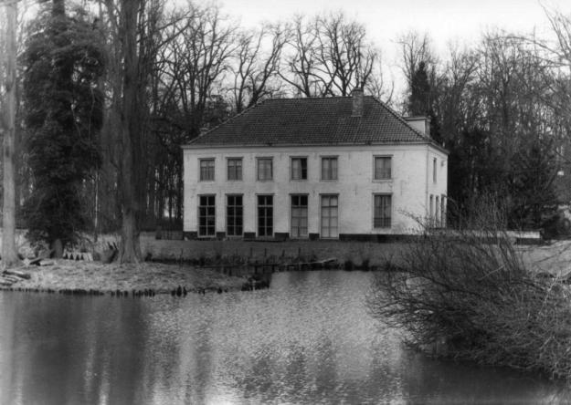Wickenburgh in 1958 na de brand