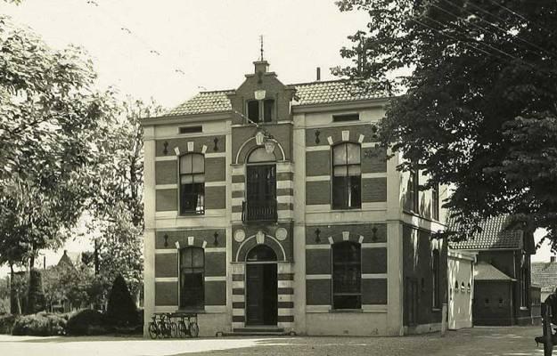 Gemeentehuis Houten in 1934