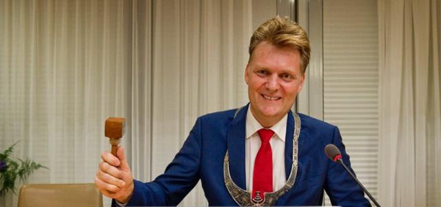 Burgemeester: 'ik ben er om mensen te dienen'