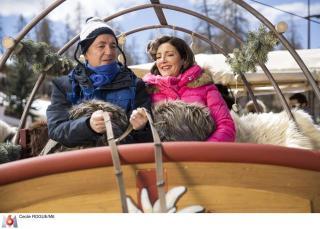 Frédéric Bouraly (José) et Valérie Karsenti, son épouse esthéticienne un peu foldingue dans Scènes de ménages (M6).