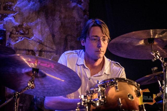 Xavier-Roger-apprendre-la-batterie