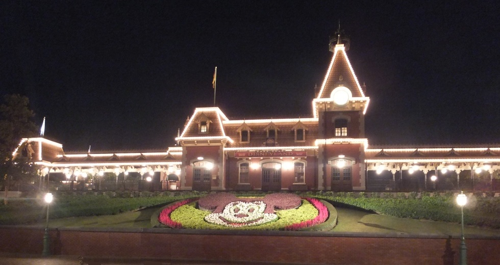 Disneyland Hong Kong with Kids – Family Travel Blog