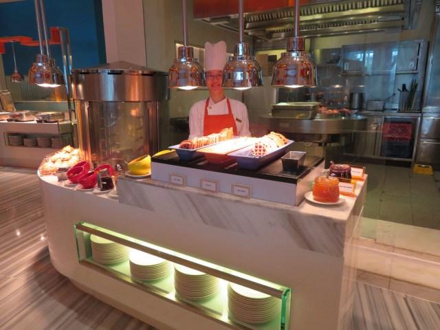 The Line buffet breakfast - Shangri-La Singapore