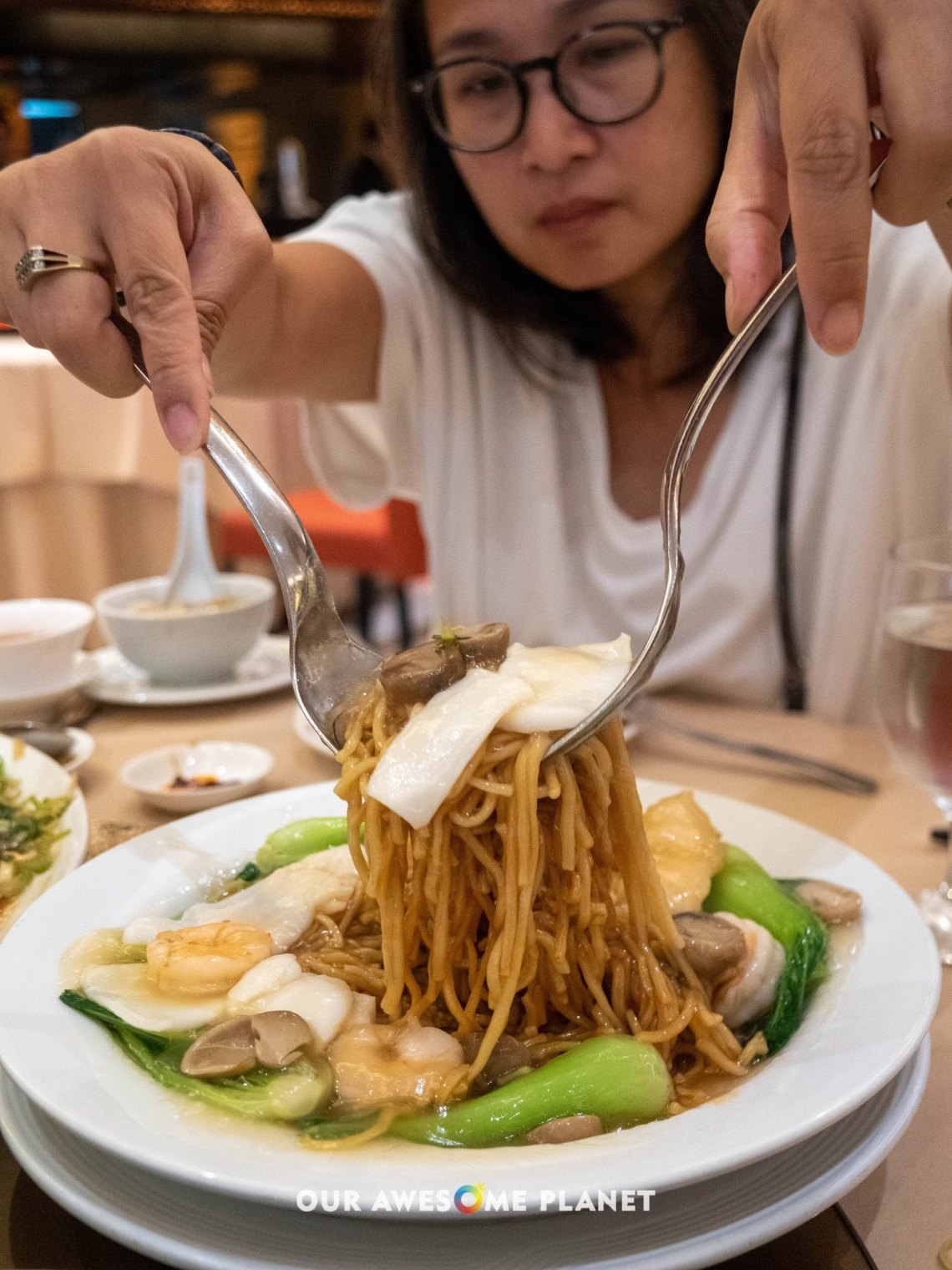 Braised E-Fu Noodles with Seafood
