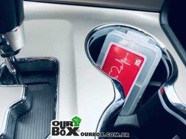 porta-comprimidos-semanal-clip-ima-ourbox-health-carro
