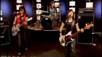 Photo of BarlowGirl – Never Alone