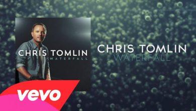 Photo of Chris Tomlin – Waterfall