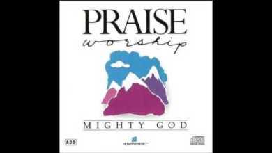 Photo of J. Daniel Smith- Praise Him (Medley) (Hosanna! Music)