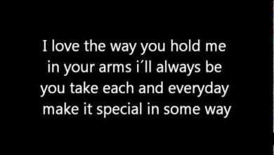 Photo of Hold me Jamie Grace feat. Toby Mac  Lyrics