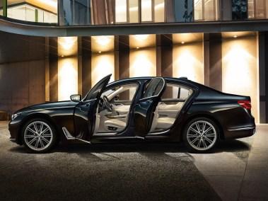 2016-BMW-7-series Executive Lounge