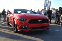 2015 Ford Mustang GT Starts Up, Revs V-8 Engine (W/ Video) - Motor Trend WOT