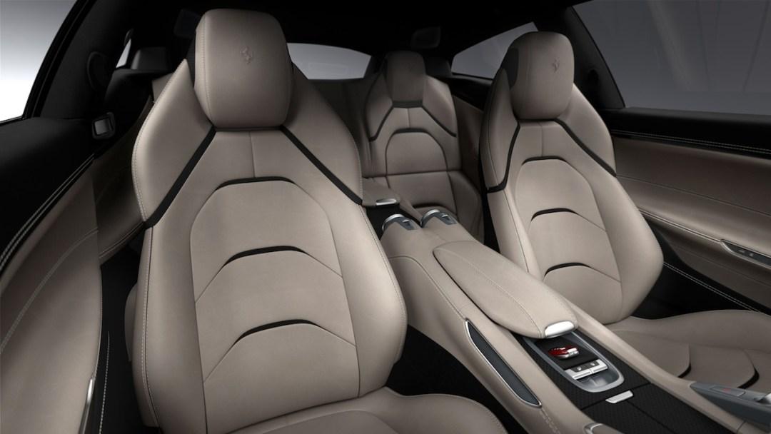 Ferrari_GTC4Lusso_interior