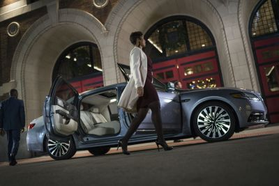LincolnContinental-CoachDoors_HR_08