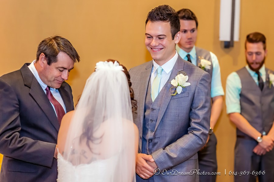 The wedding and reception of Jody Shepherd and Bret Schueneman photographed Saturday, August 29, 2015 at the Embassy Suites Columbus. (© James D. DeCamp | http://OurDreamPhotos.com | 614-367-6366)