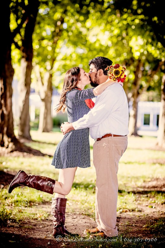 Engagement session with Emily Sites and Mike Manickam photographed Saturday, October 8, 2016 at the Franklin Park Conservatory. (© James D. DeCamp   http://OurDreamPhotos.com   614-367-6366)
