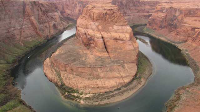 Simple Living at Horseshoe Bend