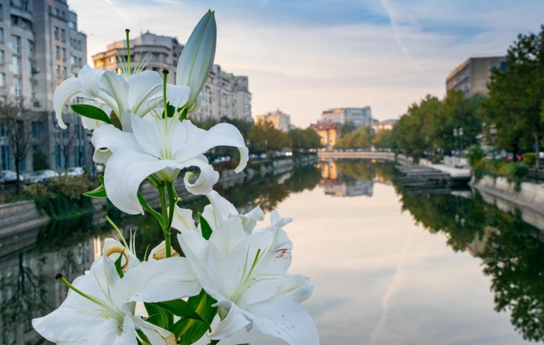 What to Do in Bucharest: River Sunset