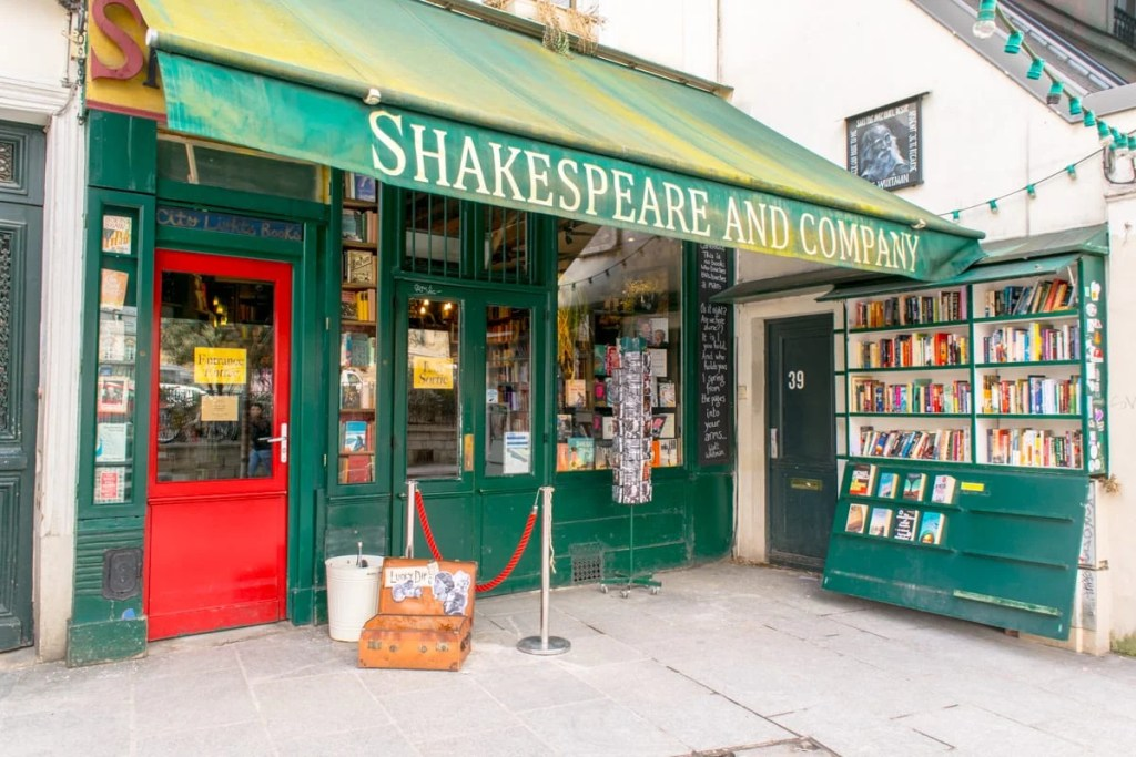 Paris in 3 Days: Shakespeare & Company