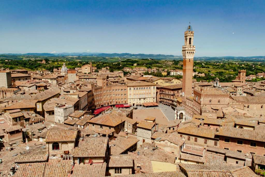 2 Weeks in Italy Itinerary: View of Siena
