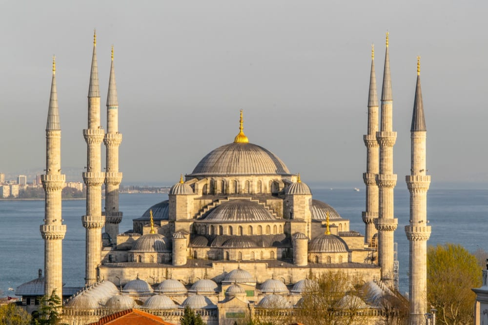 2 Days in Istanbul Itinerary: Blue Mosque