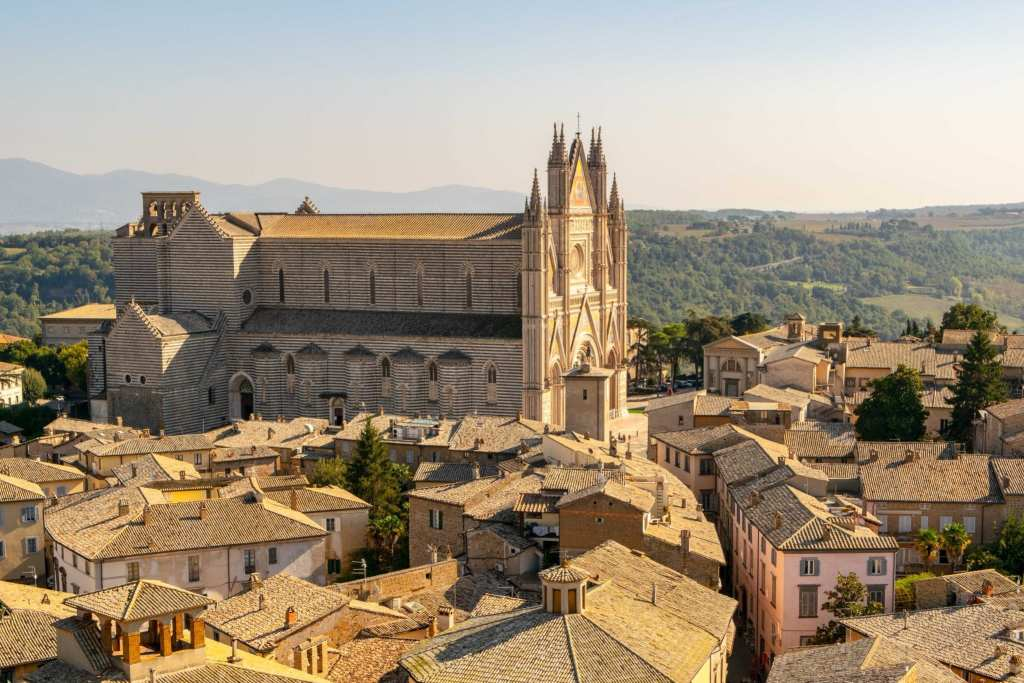 Italy Bucket List: View of Orvieto Cathedral