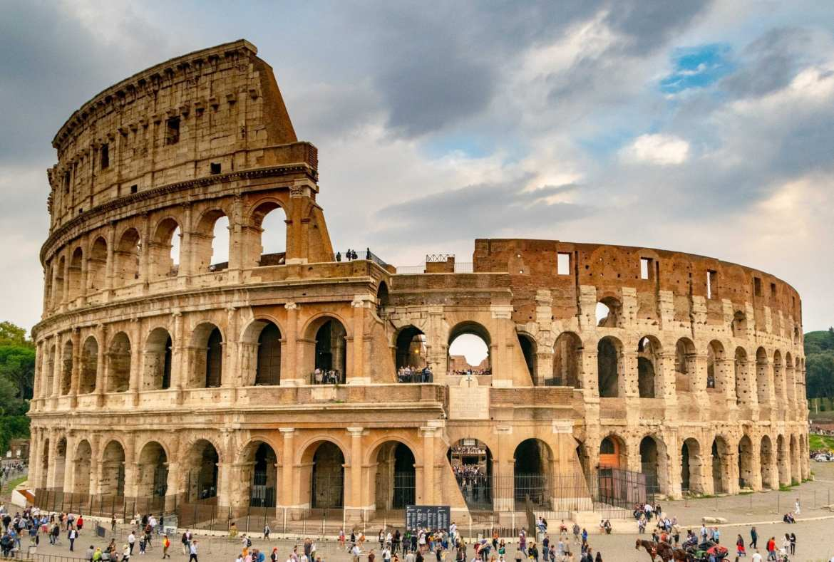 2 Weeks in Italy Itinerary: Colosseum