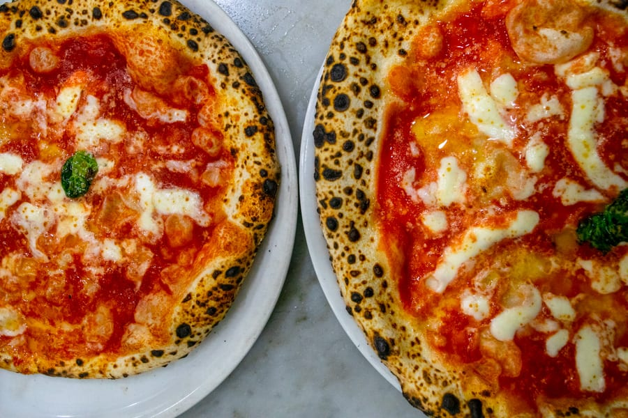 Naples Pizza Tour: Pizzeria da Michele