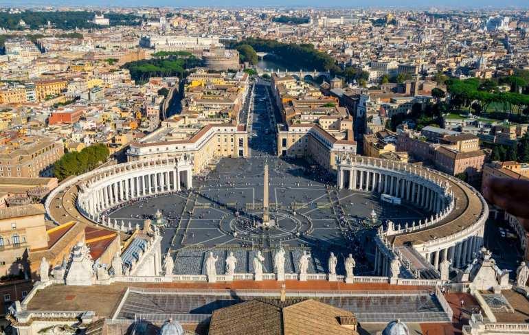 Piazzas in Rome: Piazza San Pietro