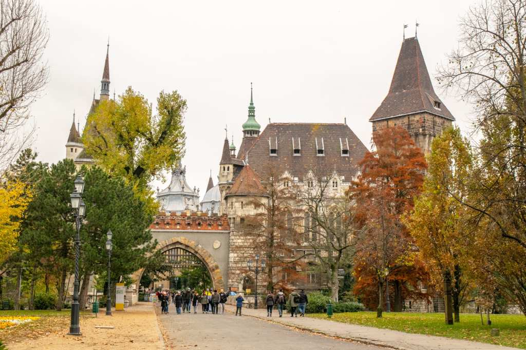 What to Do in Budapest: Vajdahunyad Castle