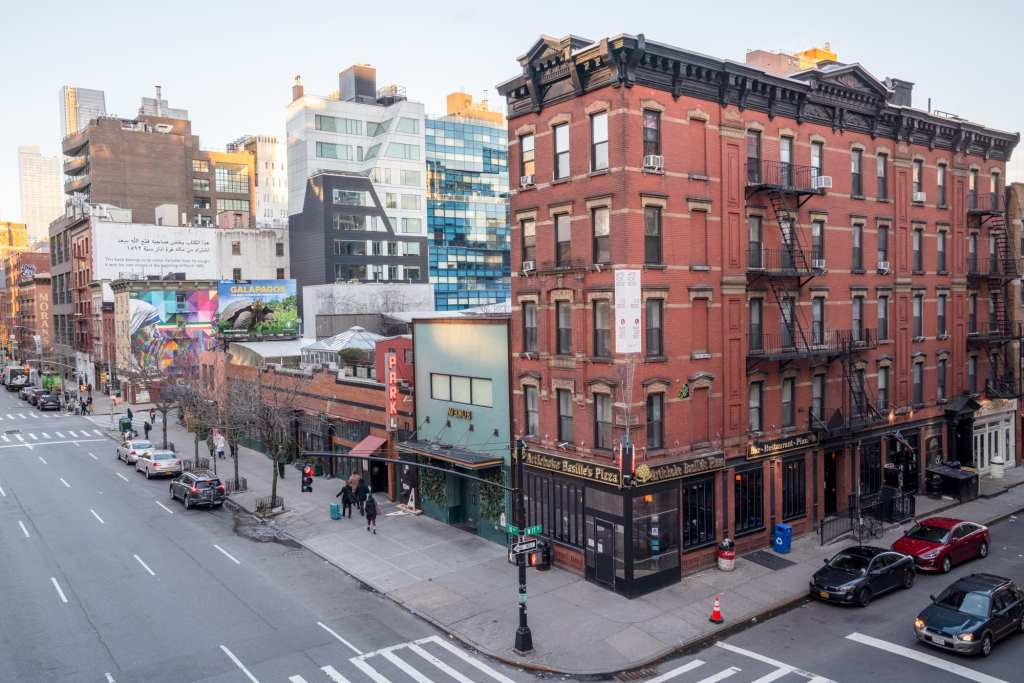 4 Days in New York Itinerary: Brick Building in Chelsea