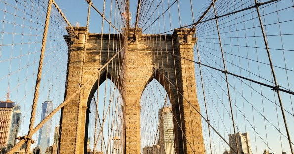 First-sunlight-on-Brooklyn-bridge