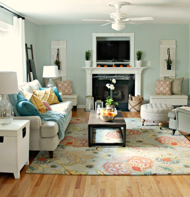 A Living Room Makeover with Lowe\'s - Our Fifth House