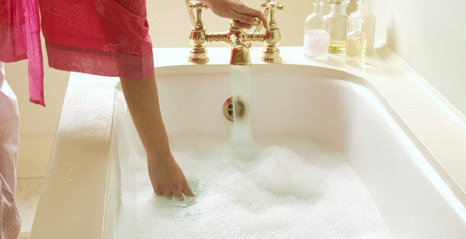 Guest Post: How Baths Can Benefit Your Body and Mind