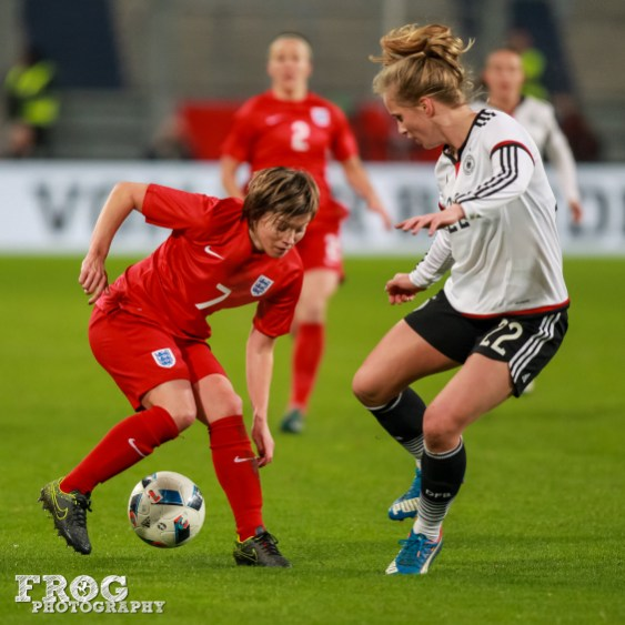 Fran Kirby (ENG) and Tabea Kemme (GER).