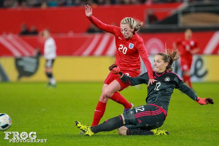 Toni Duggan (ENG) and Laura Benkarth (GER).