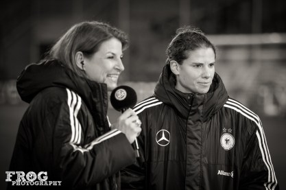 Annike Krahn is interviewd by the DFB.