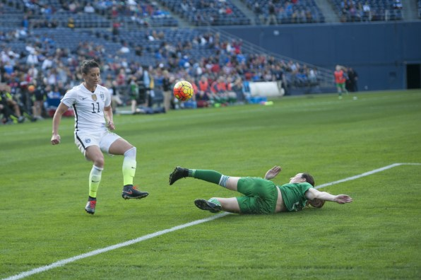 USA's Ali Krieger attacks while an Irish player slides into your DMs like whaat?