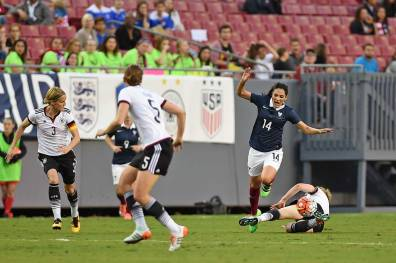 Louisa Necib is fouled.