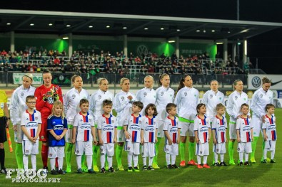 Wolfsburg's starting lineup against Lyon in the first leg of a 2017 UEFA Women's Championship League quarterfinal.