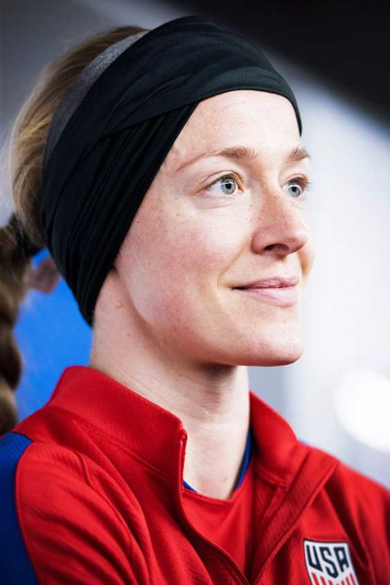 Becky Sauerbrunn during training for the 2017 SheBelieves Cup.
