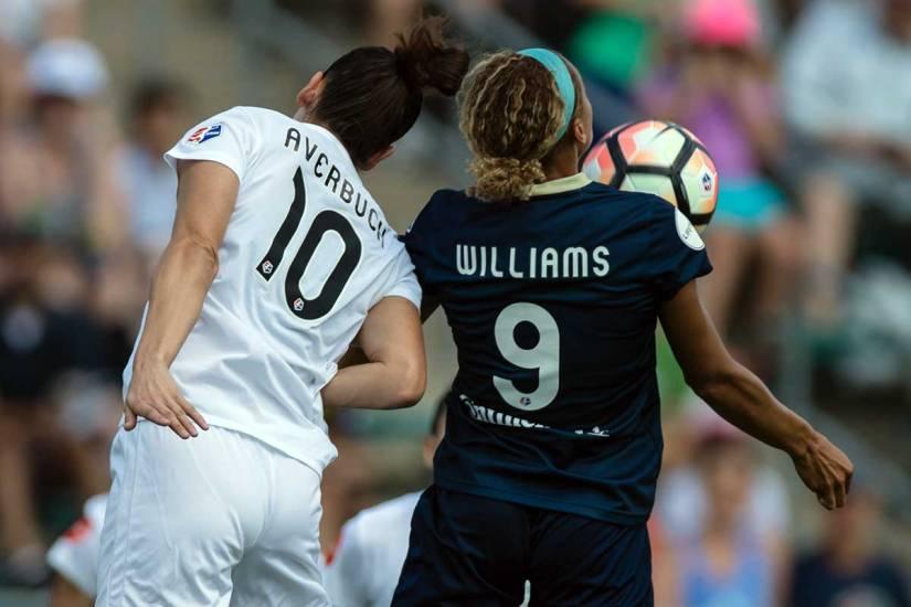 Yael Averbuch and Lynn Williams battle for the ball. (Shane Lardinois)