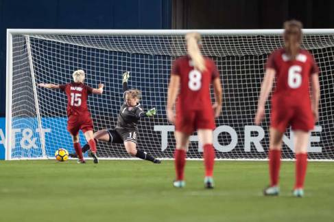 Megan Rapinoe on a breakaway against Denmark. (Manette Gonzales)