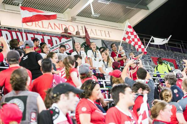 The Thorns celebrating with the Rose City Riveters after winning the 2017 NWSL Championship. (Monica Simoes)