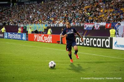 Amel Majri on the attack for Lyon. (Daniela Porcelli)